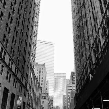 B&W Alley